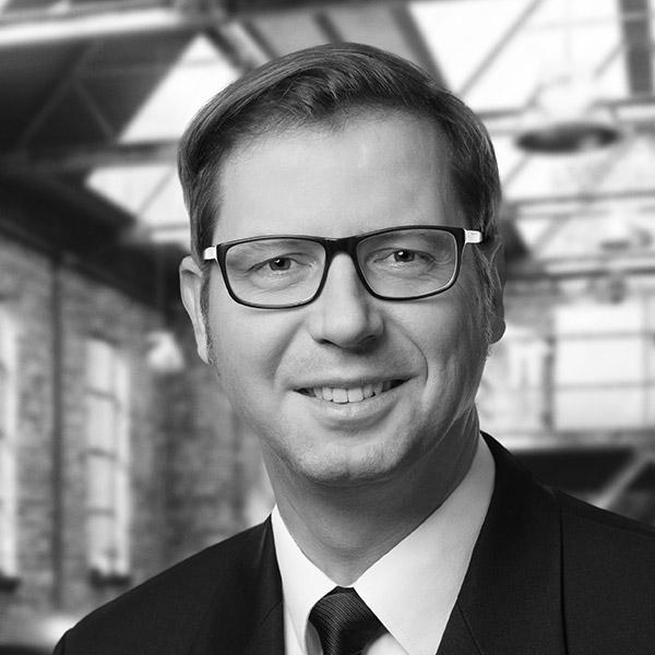 Marc W. Theuerkauf